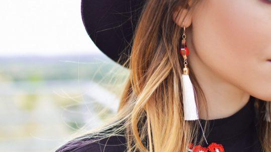 Comment affirmer votre look avec des boucles d'oreilles ?