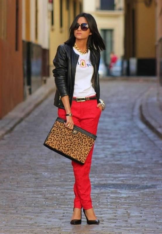 pantalon rouge branché