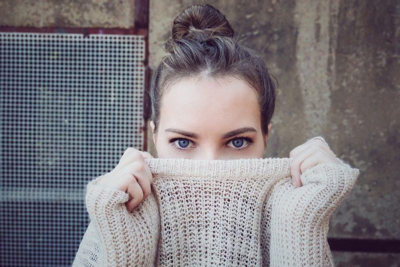 comment faire-sourcils-fins