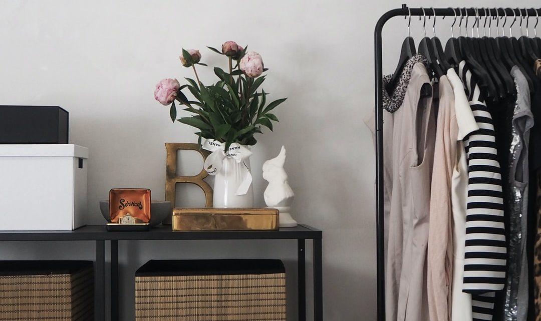 15 basiques de la garde-robe pour un dressing idéal