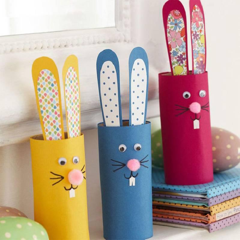 Rouleau de papier toilette pour le lapin de Pâques